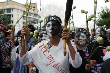 高橋智史「屈せざる女性たち・カンボジア―変革の願い」