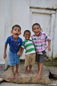 ゴール旧市街のやんちゃな子供たち。