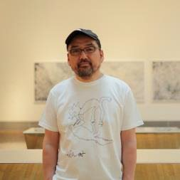 鈴木理策(すずきりさく)写真家、東京藝術大学美術学部先端芸術表現科准教授